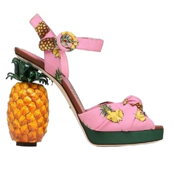 New Dolce Gabbana Keira Pineapple Cady